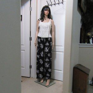 Blk Pleat Palazzo pants only not the top one size